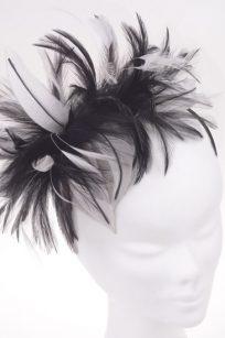 Bibi noir et blanc en plume